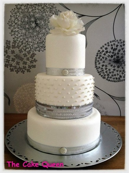 Cake White and Silver 06